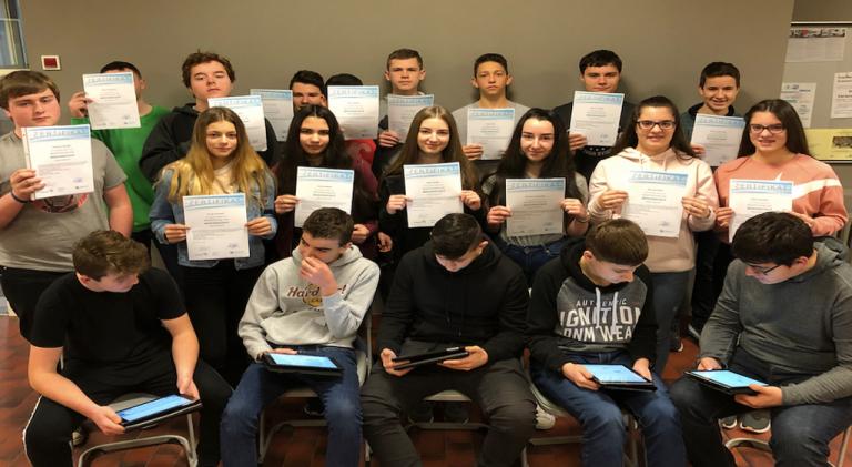 20 neue Medienscouts an der Eichenlaubschule ausgezeichnet